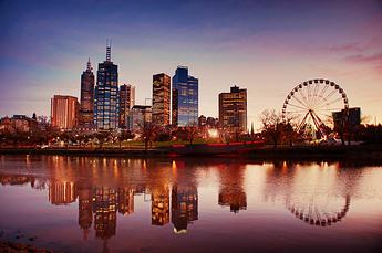 Melbourne%20Skyline%20on%20the%20Yarra%20-%202011